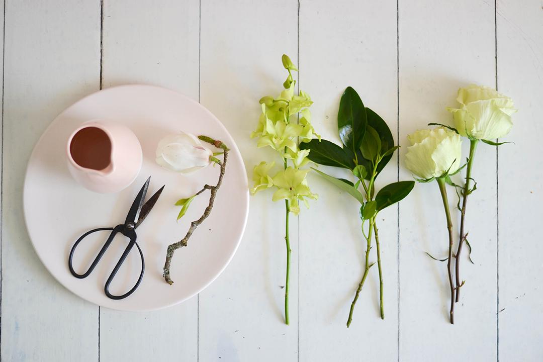 flowers flatlay