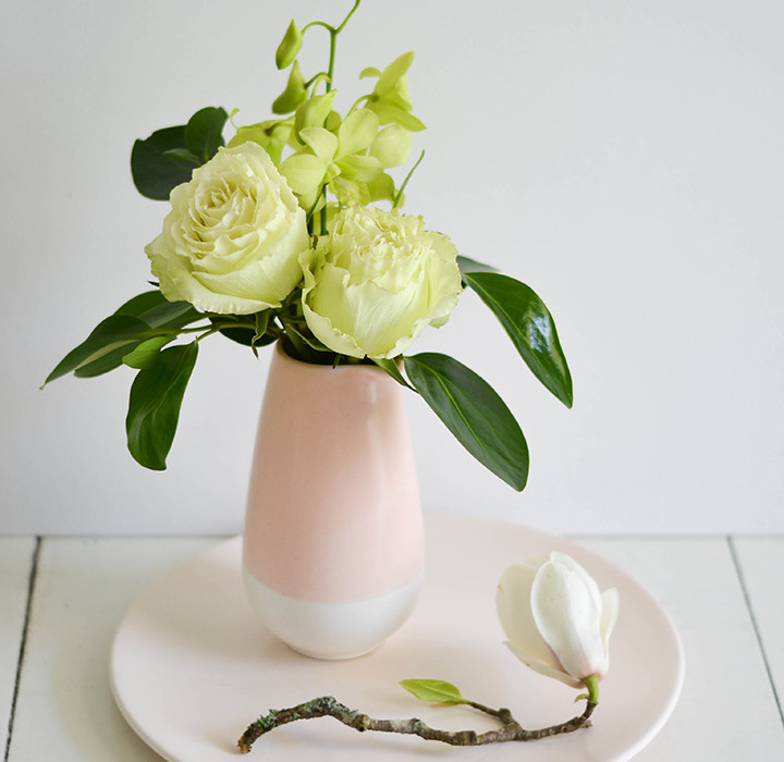 Categories: Flora + Styling, Inspiration-Together Styles: Simple Pastel Bouquet