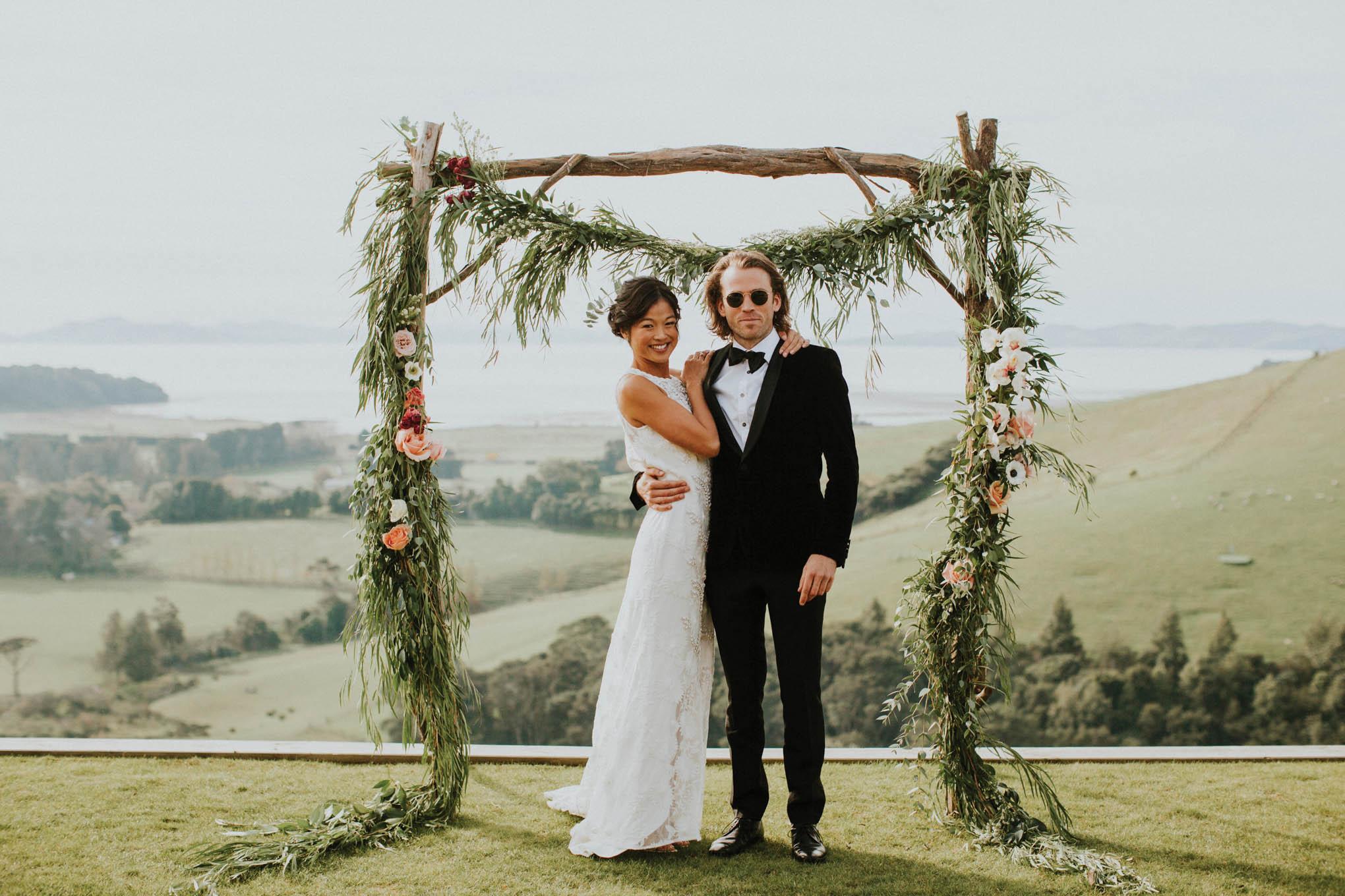 Categories: Weddings-Real Wedding: Steph & Josh - Photography by Anna Kidman