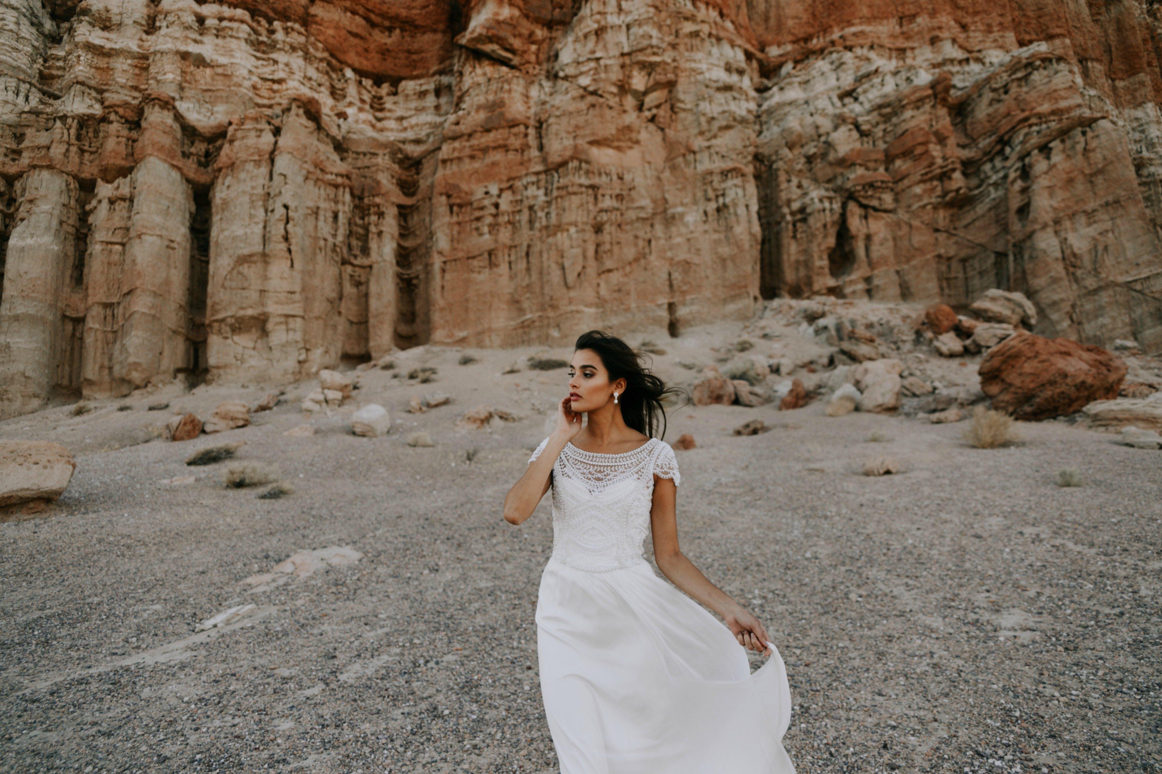 -Paperswan Bride