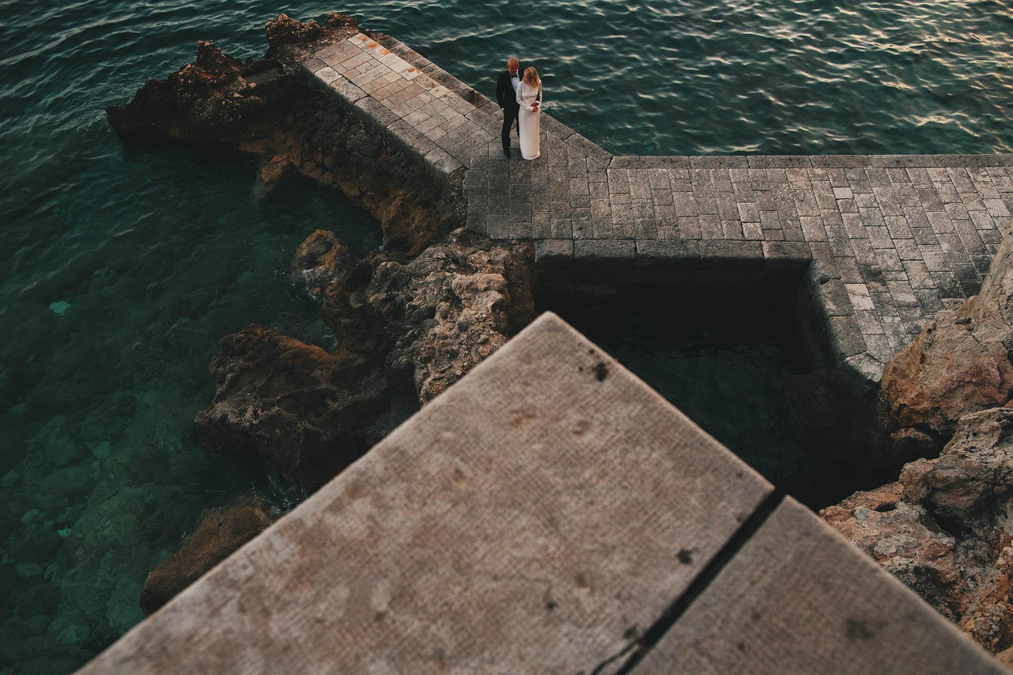 Categories: Weddings-Real Wedding: Nina+Nico - Photography by Tim Kelly and Nadine Ellen
