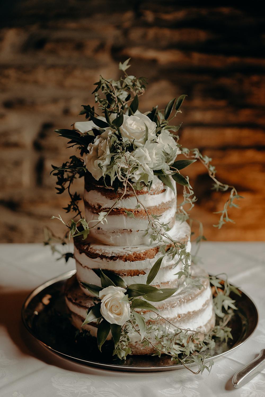 Categories: Weddings-Real Wedding: Shaney & Luke - Photography by Acorn Photography & Cinema