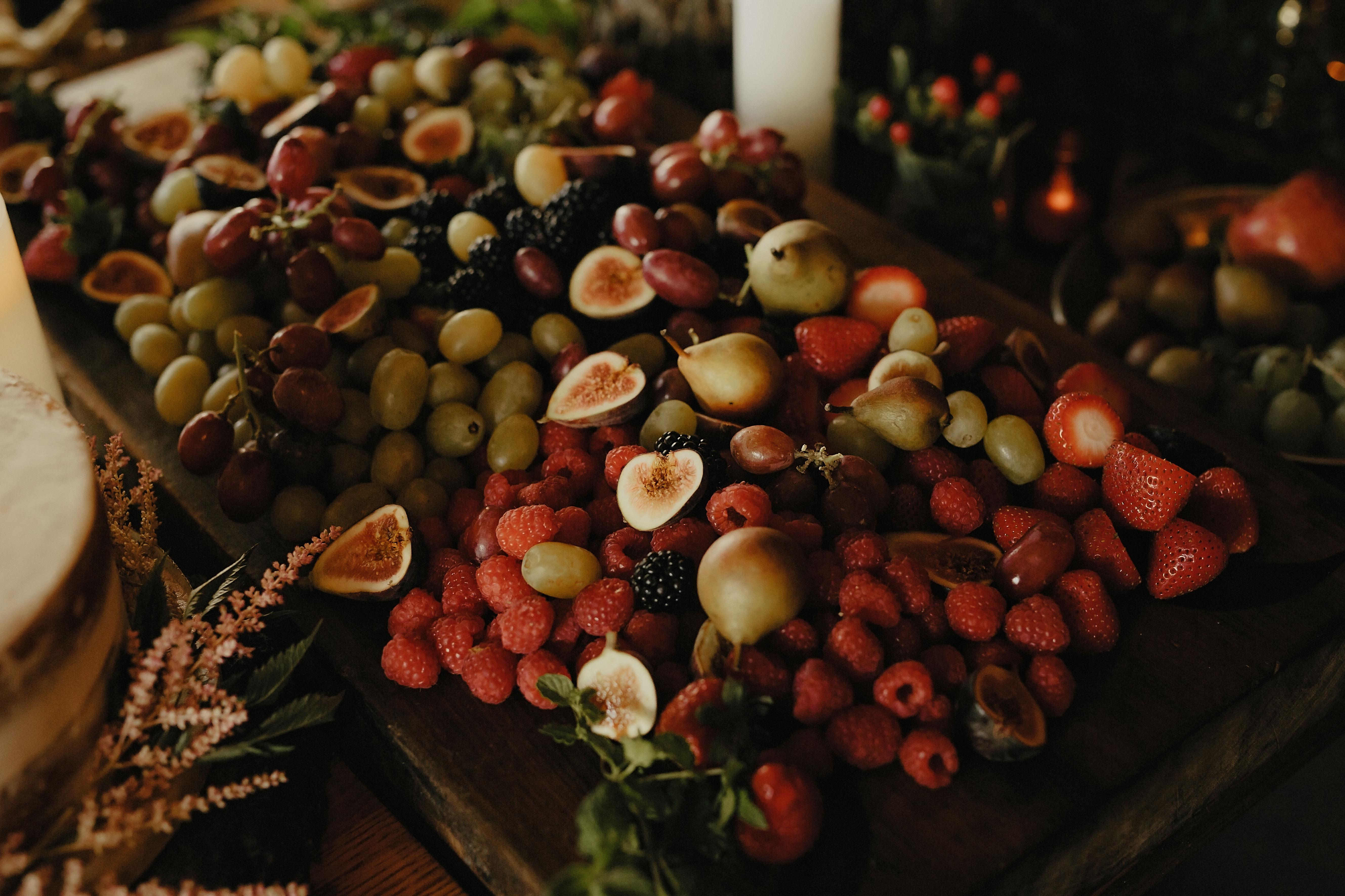 Categories: Weddings-Real Wedding: Robin & Joe - Photography by Danelle Bohane