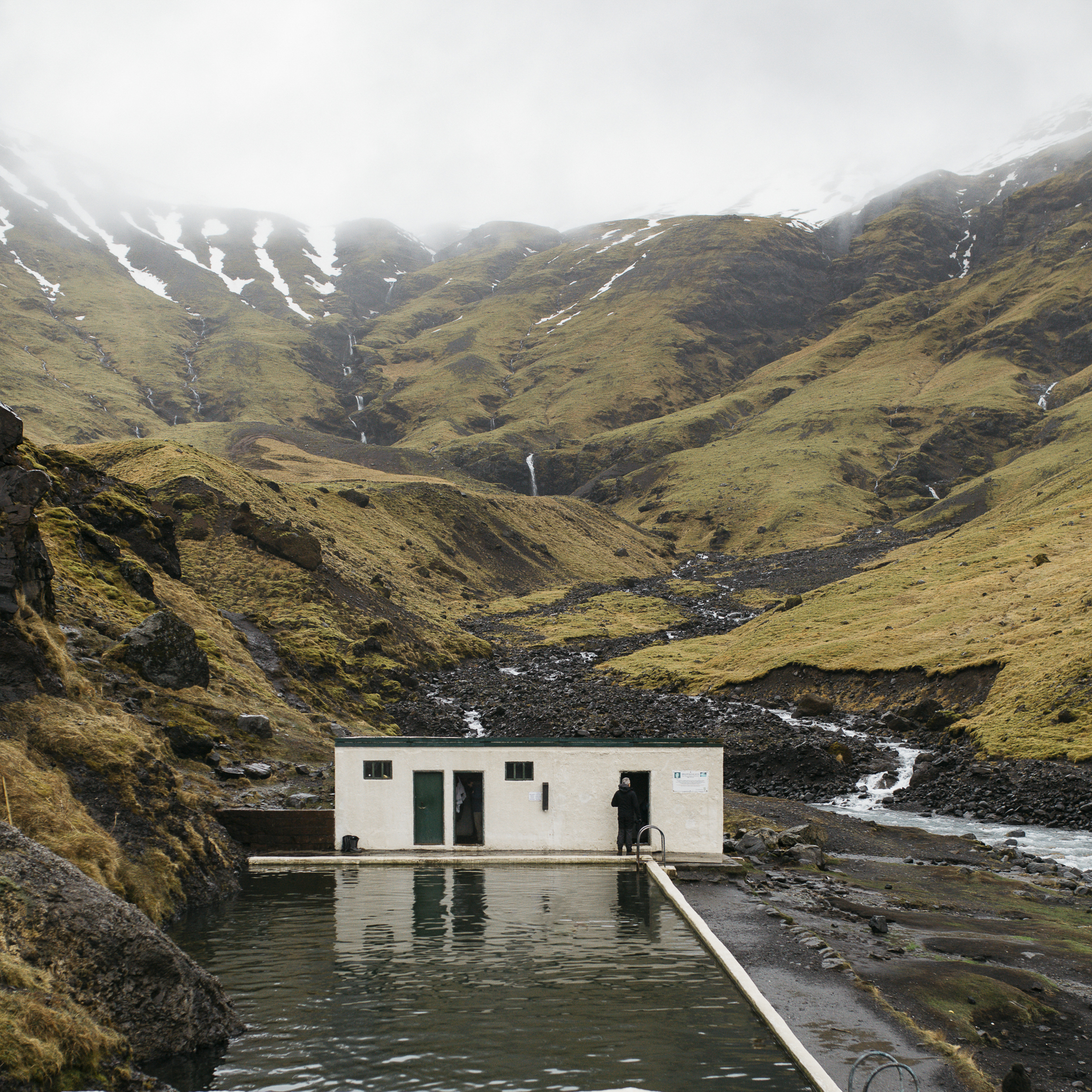 Categories: Honeymoon-Honeymoon Issue 8 - Iceland