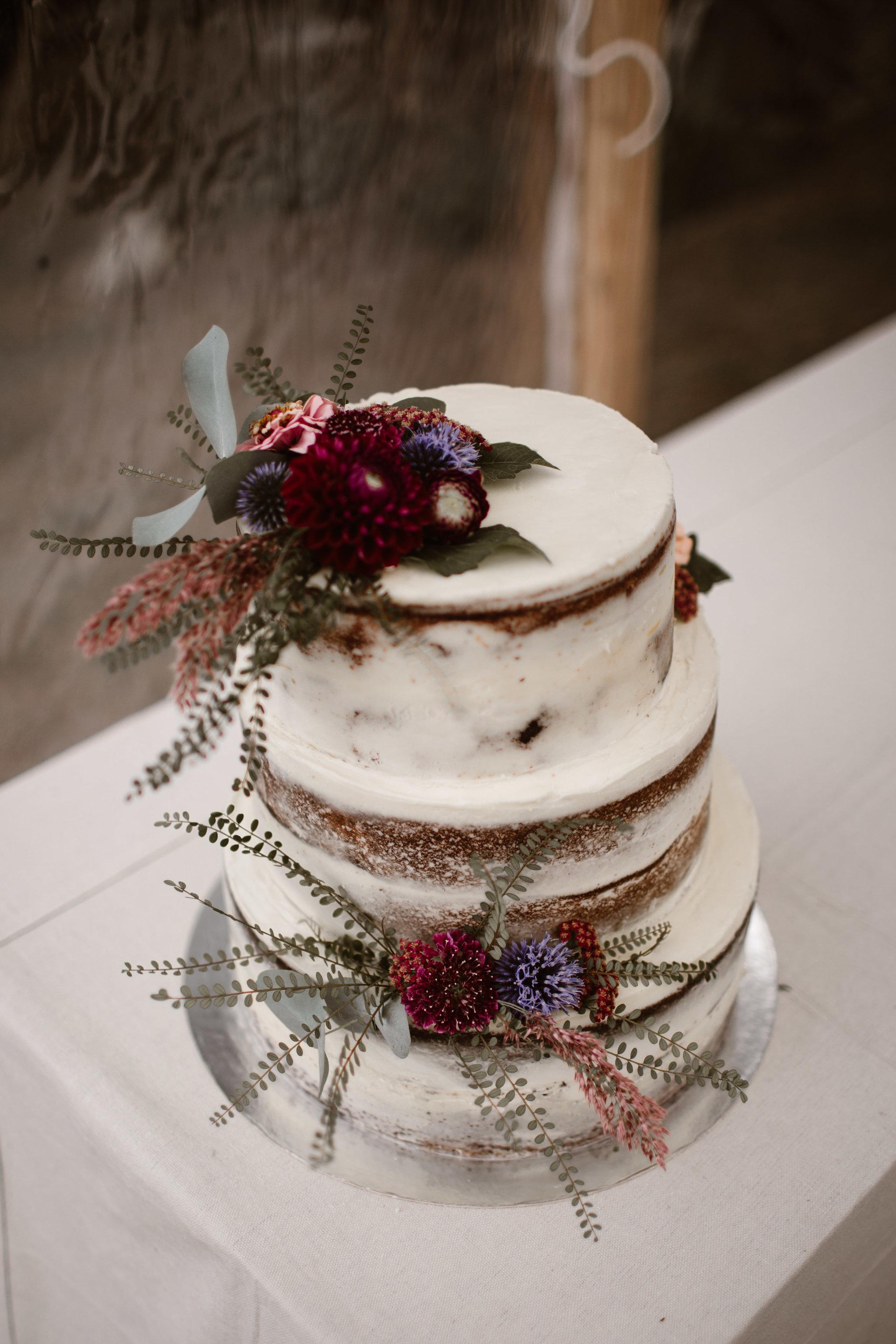 Categories: Weddings-Real Wedding: Faye & James - Photography by Francine Boer