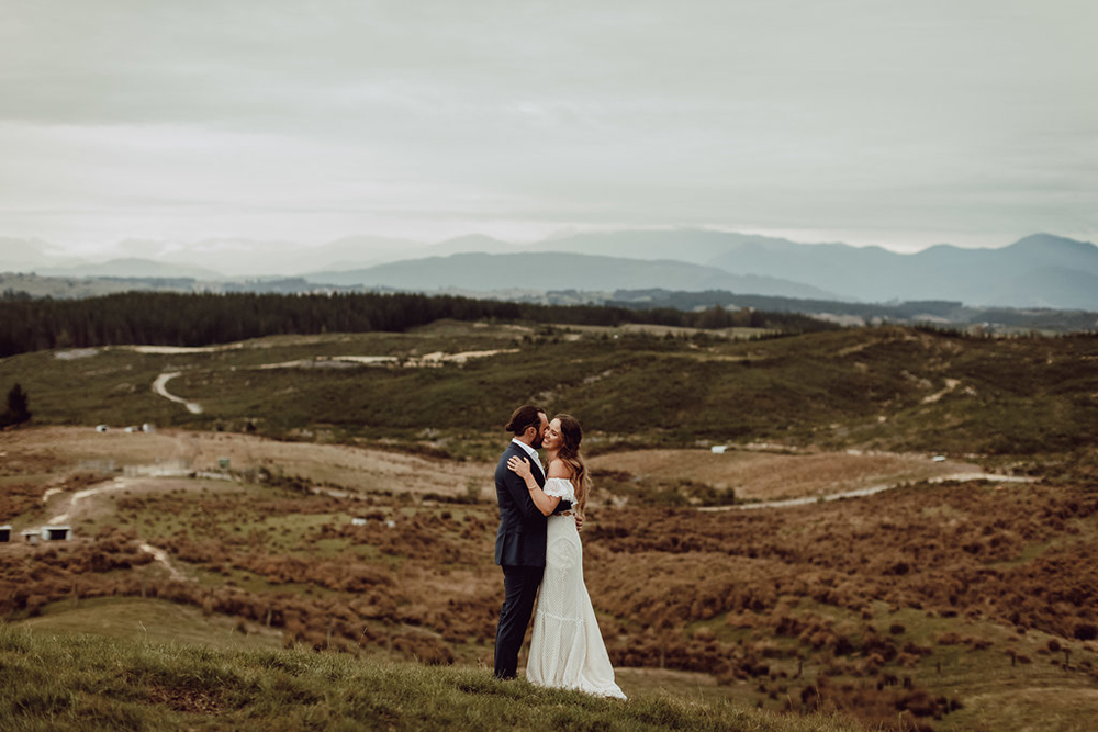 Categories: Weddings-Real Wedding: Laura & Toby - Photography by Tim Williams