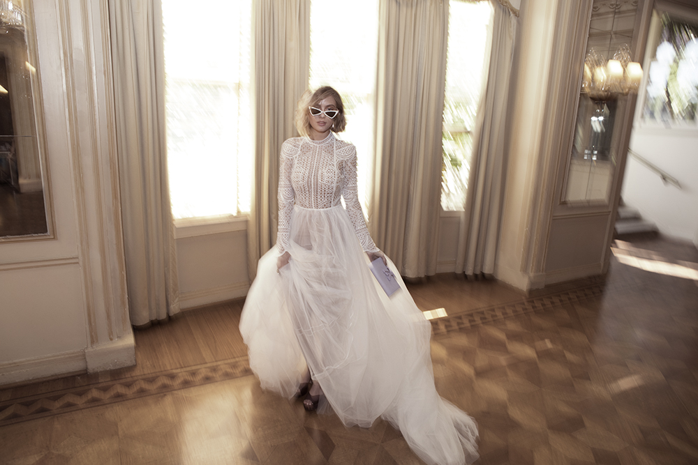 Categories: Fashion-1985 Collection by One Day Bridal
