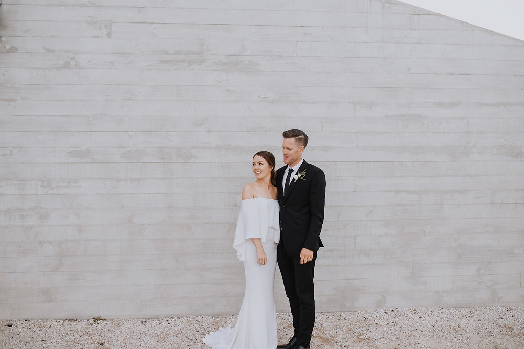 Categories: Weddings-Real Wedding: Melissa & Charlie - Photography by Erica Jane