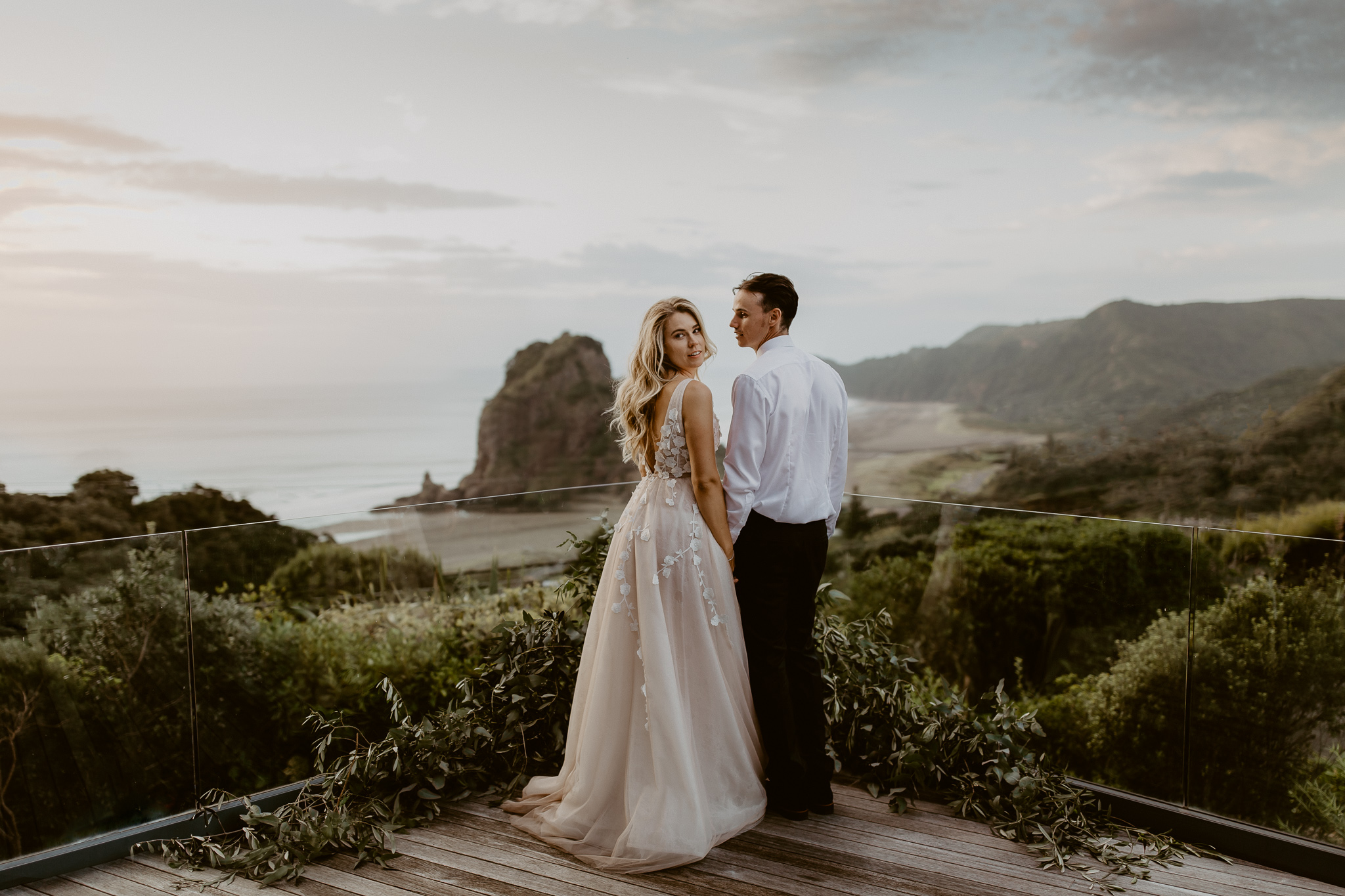 Categories: Weddings-Real Wedding: Petra & Dave - Photography by Wild & Grace