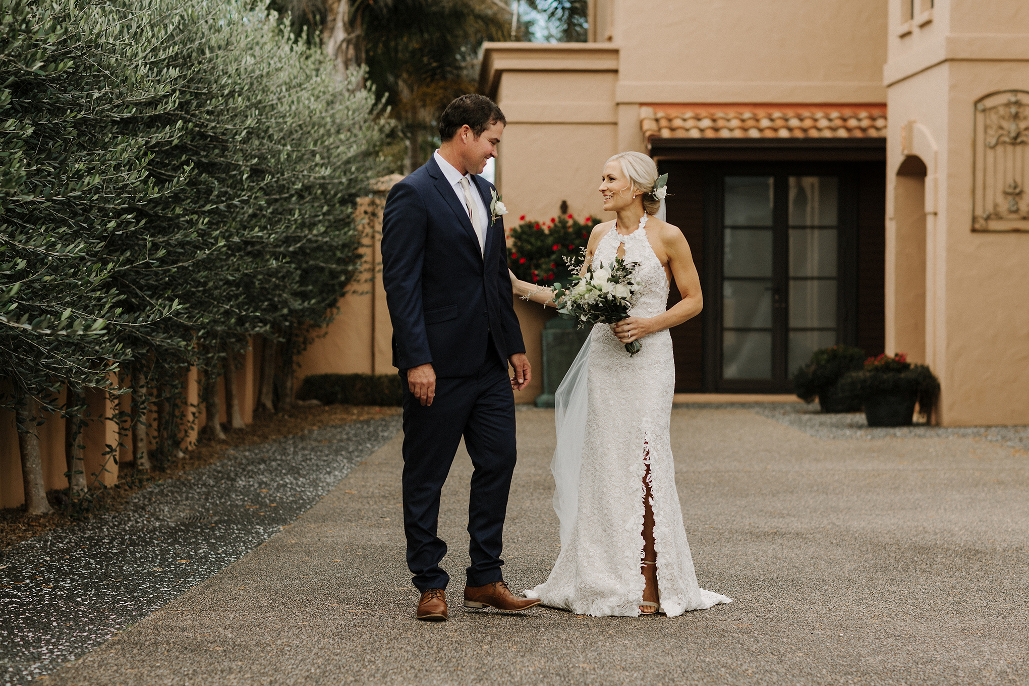 Categories: Weddings-Real Wedding: Alecia and Manu- Photography by Anne Paar