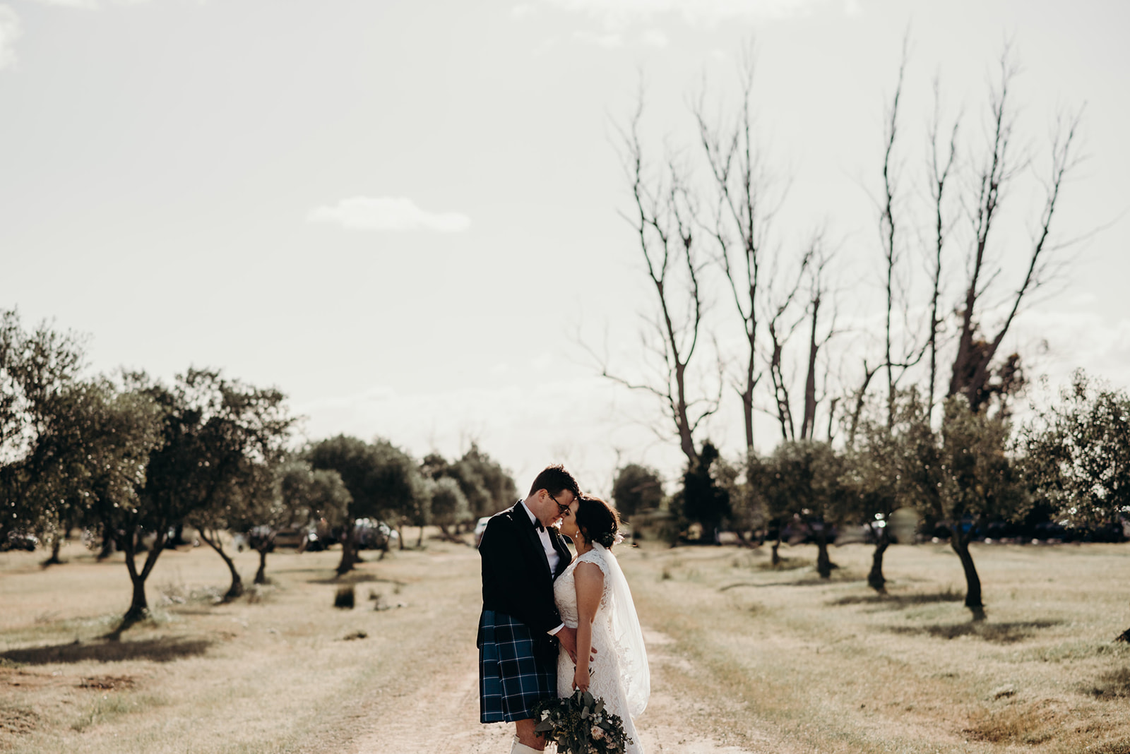 Categories: Weddings-Real Wedding: Genevieve and Stuart - Photography by Tahnee Jade Photography