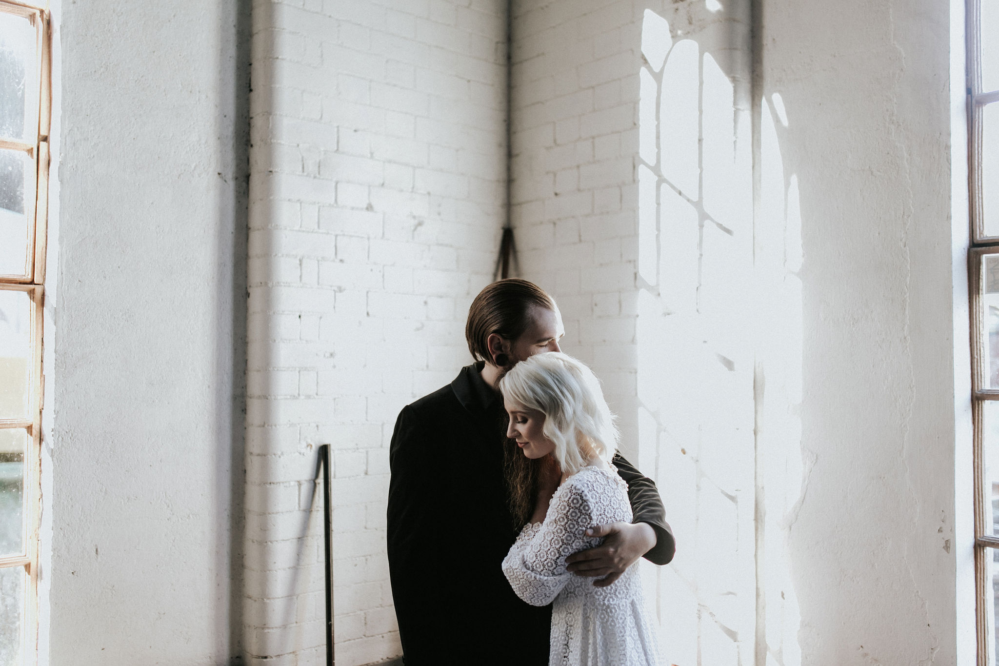 Categories: Weddings-Real Wedding: Sara and Kyle- Photography by Willow and Co.