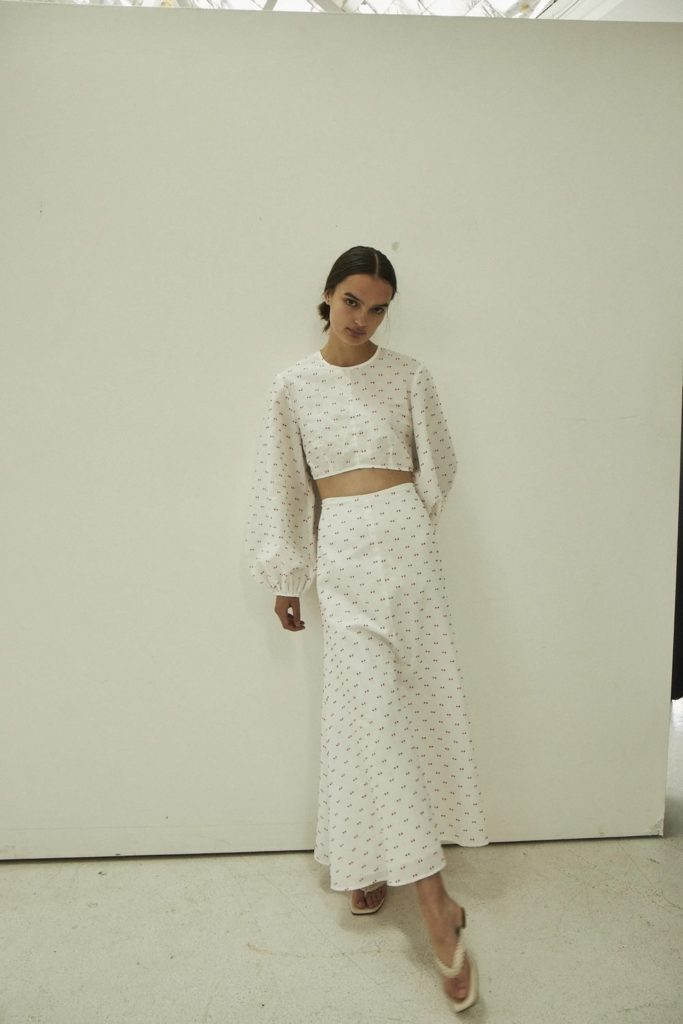 maggie-marilyn-loving-skirt-wedding-guest-outfit