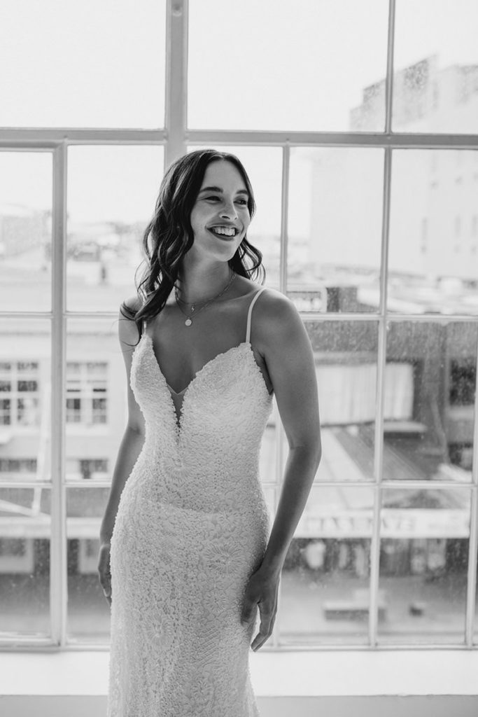 sydney-fitted-mermaid-wedding-dress-kellylin-couture