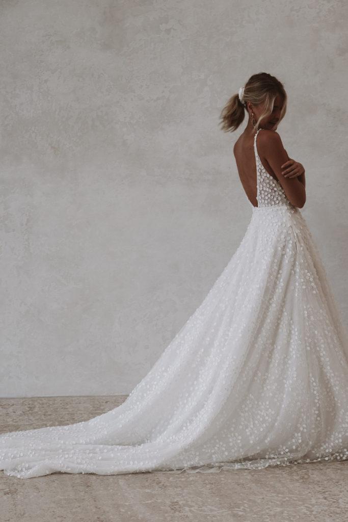 bride-and-winter-louie