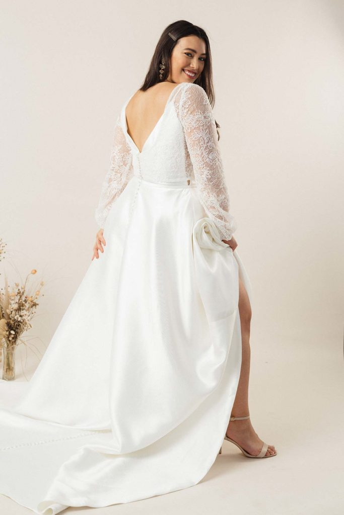 daisy-brides-camellia